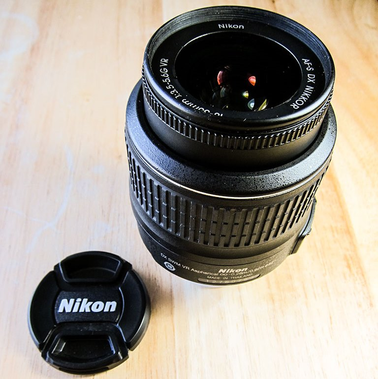 Nikon AF-S DX NIKKOR 18-55mm f/3.5-5.6G VR Kit Lens