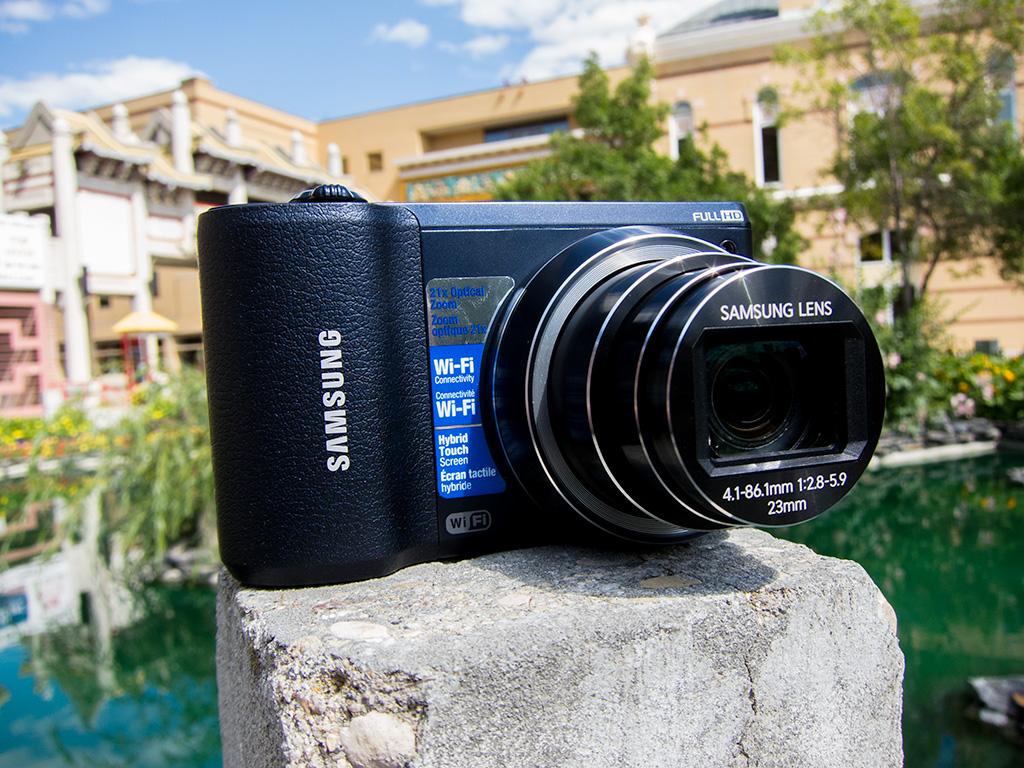 Samsung WB800F Smart Camera front