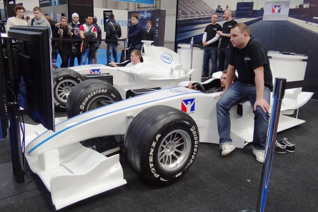 Intel Extreme masters Race Car
