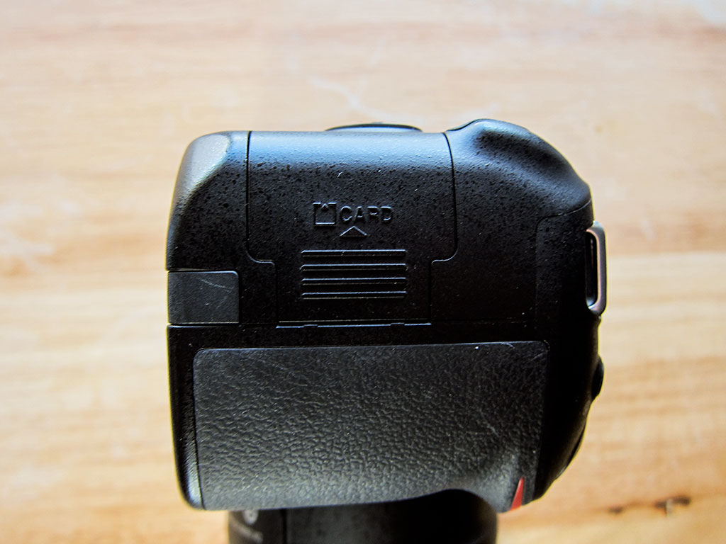 nikon d3200 dslr camera sd card slot